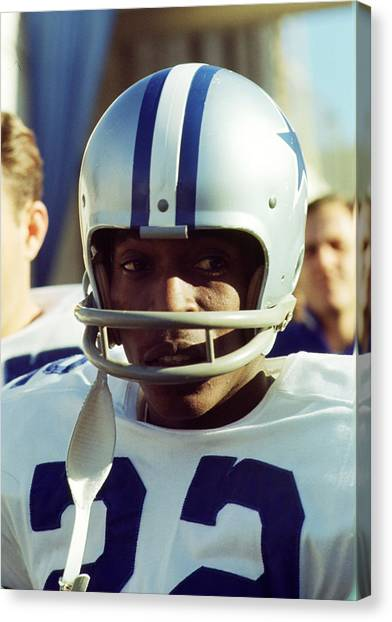 Running Backs Canvas Print - Bob Hayes by Retro Images Archive