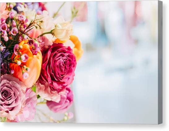 Close-up Of Pink Rose Bouquet Canvas Print by Jan Tong / EyeEm