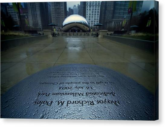 Cloudgate Canvas Print - Cloudgate With Dedication In Foreground by Sven Brogren