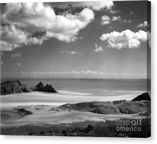 Cloudscape At Three Cliffs Canvas Print