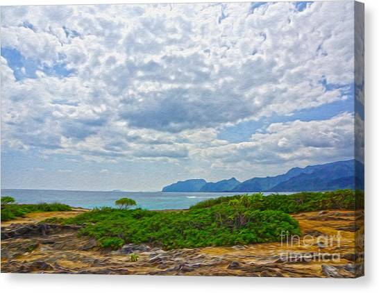 Cloudy Day In Oahu Canvas Print by Nur Roy