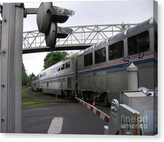 Coast Starlight In Salem Canvas Print