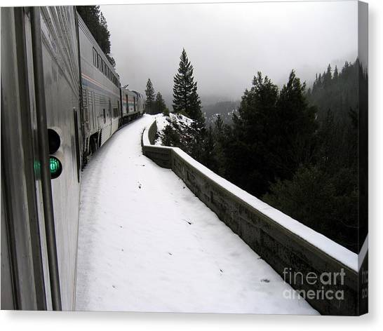 Coast Starlight In The Mountains Canvas Print