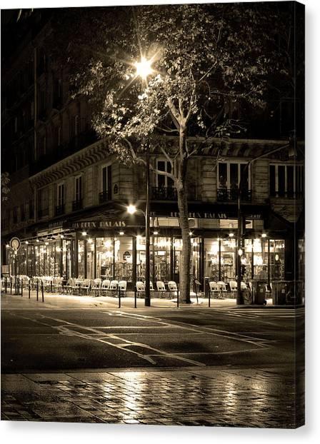 Coffee Shop In Paris Canvas Print
