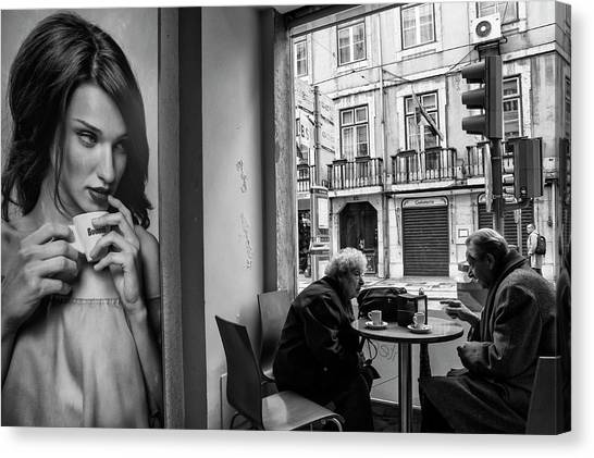 Couple Canvas Print - Coffeea?s Conversations by Luis Sarmento