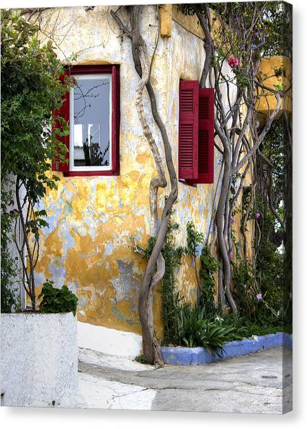 Colourfull Cottage Canvas Print