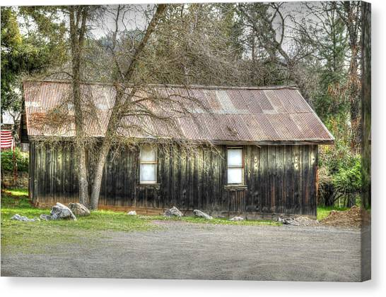 Columbia Cottage Canvas Print