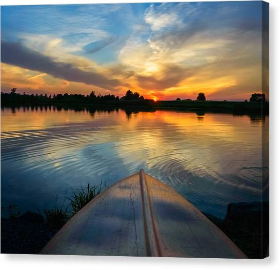 Canvas Print featuring the photograph Cottage Country's Silhouette by Garvin Hunter