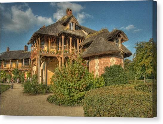Cottage Versailles Canvas Print