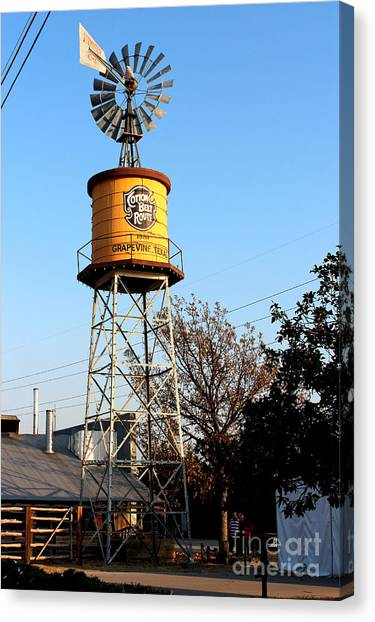 Cotton Belt Route Water Tower In Grapevine Canvas Print
