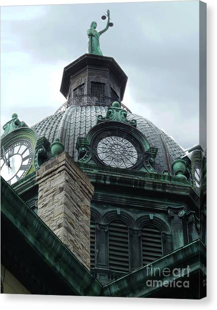 Courthouse Dome In Binghamton Ny Canvas Print