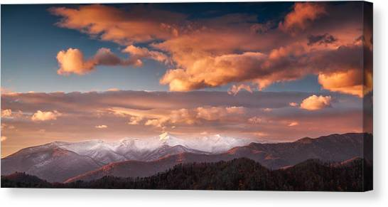 Craggy Snow Canvas Print