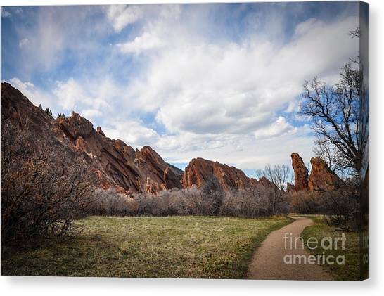 Craggy Wonder Canvas Print