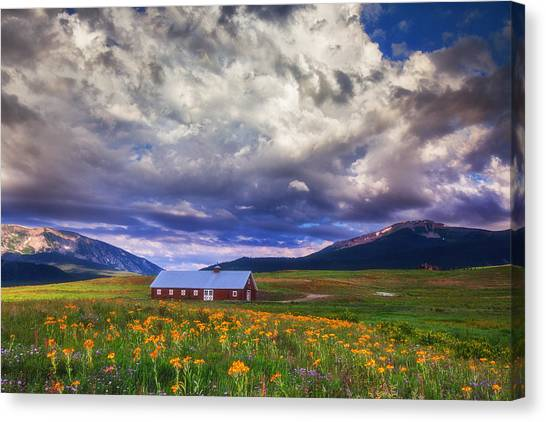 Crested Butte Morning Storm Canvas Print