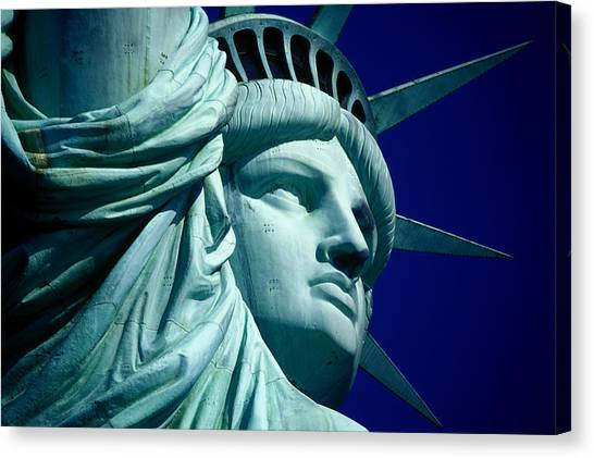 Cropped Image Of Statue Of Liberty Canvas Print by Frank Schiefelbein / Eyeem