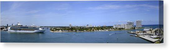 Cruising Fort Lauderdale Canvas Print