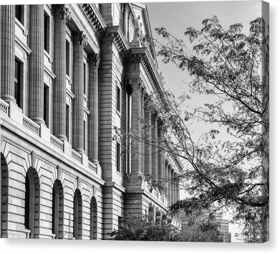 Cuyahoga County Court House Canvas Print