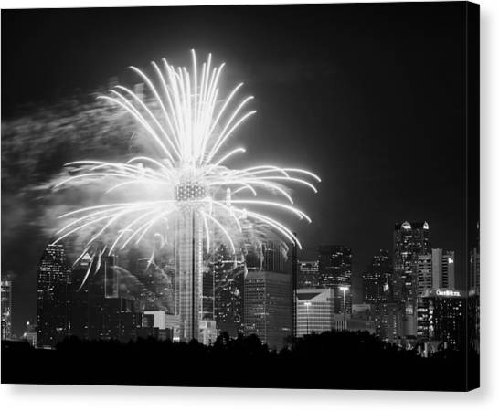 Dallas Reunion Tower Fireworks Bw 2014 Canvas Print