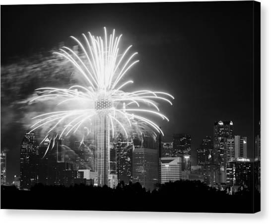 Dallas Reunion Tower Fireworks Bw 2014 Canvas Print