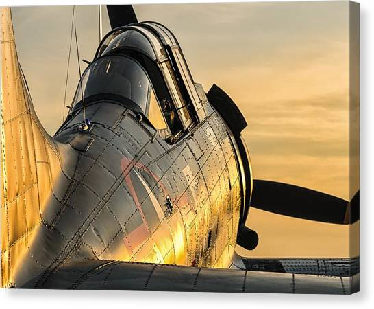 Dauntless At Dusk Canvas Print