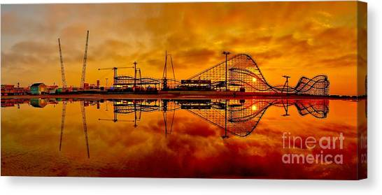 Dawn At Wildwood Pier Canvas Print