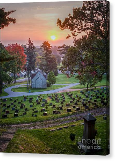 Canvas Print featuring the photograph Dawn At Woodlawn II Winona Photograph by Kari Yearous