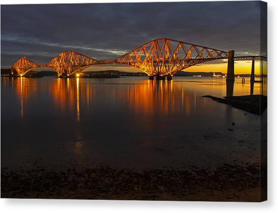 Daybreak At The Forth Bridge Canvas Print
