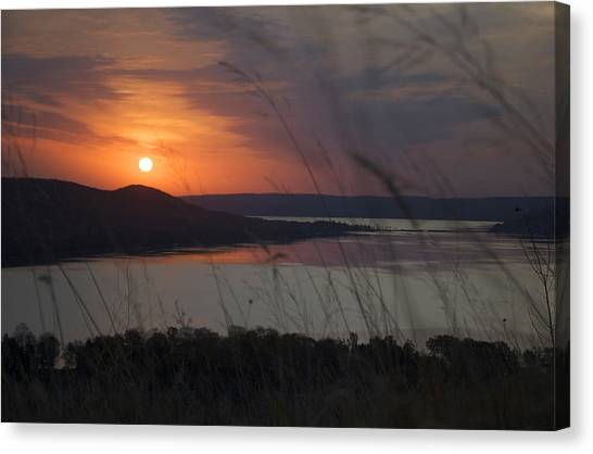 Daybreak On Glen Lake Canvas Print