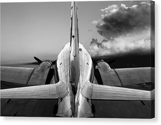 Dc-3 Rear View 1 Canvas Print by Maxwell Amaro