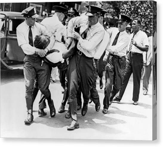 Police Officer Canvas Print - Dc Police Evict Wwi Vet by Underwood Archives