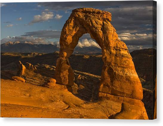 Southern Rock Canvas Print - Delicate Arch by Mark Kiver