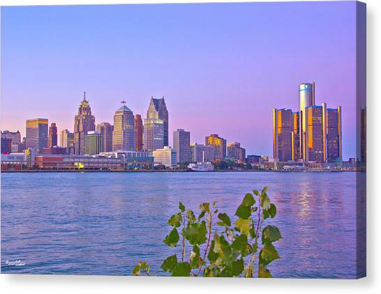 Detroit Skyline At Sunset Canvas Print