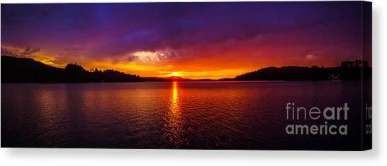 Dexter Lake Oregon Sunset 2 Canvas Print