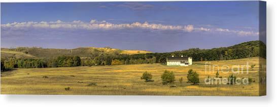 Oneida Canvas Print - Dh Day Farm by Twenty Two North Photography
