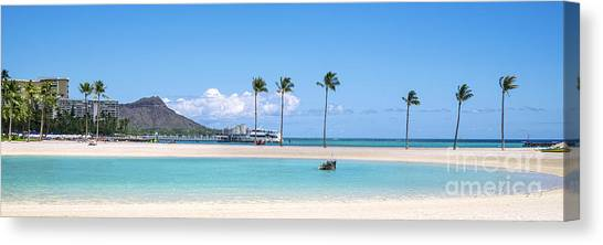 Diamond Head And The Hilton Lagoon 3 To 1 Aspect Ratio Canvas Print