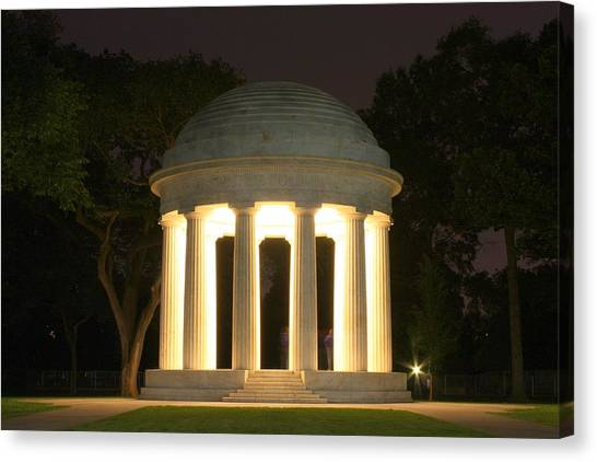 District Of Columbia World War I Memorial At Night Canvas Print