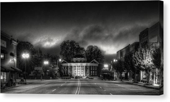 Downtown Murphy Nc In Black And White Canvas Print