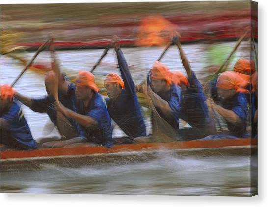 Dragon Boat Racing Thailand Canvas Print by Richard Berry