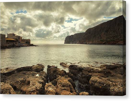 Dreamy Bay  Canvas Print