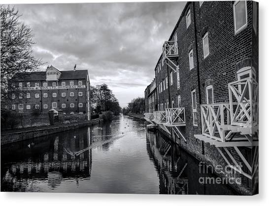 Driffield Refurbished Canal Basin Canvas Print