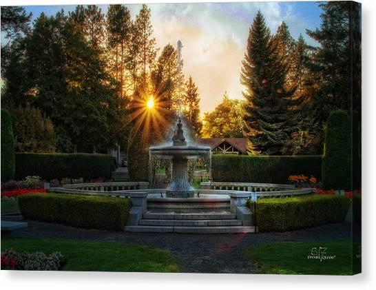 Duncan Gardens Water Fountain Canvas Print by Dan Quam