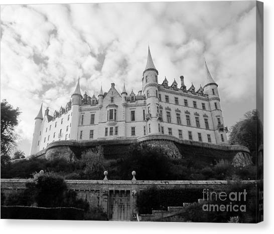 Dunrobin Castle Canvas Print