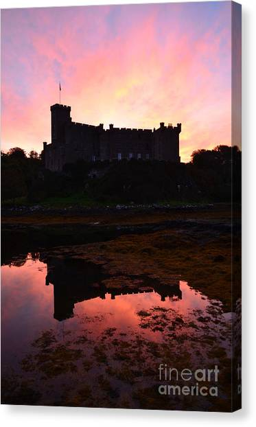 Dunvegan Castle At Dawn Canvas Print