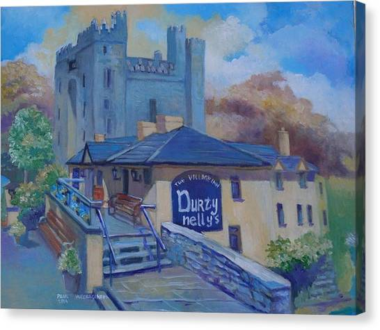 Durty Nellys And  Bunratty Castle Co Clare Ireland Canvas Print