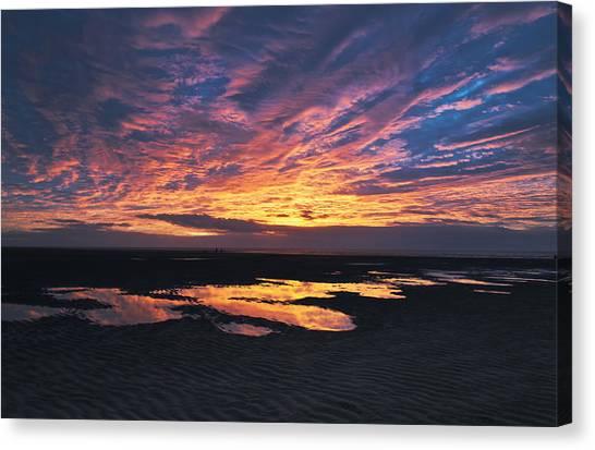 Dusk At The Beach Canvas Print