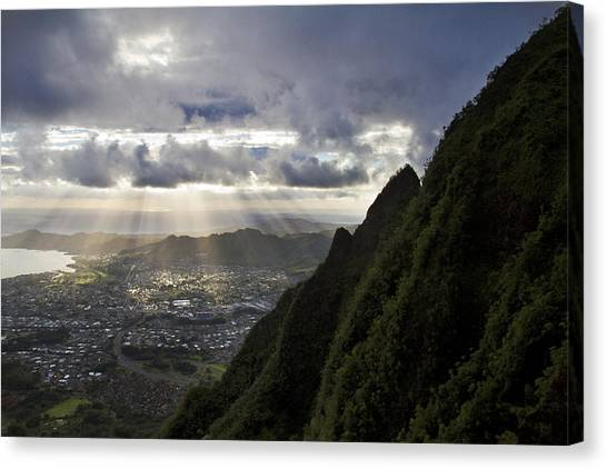 Early Morning Above Kane'ohe Canvas Print by Melinda Podor