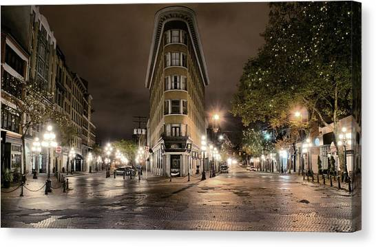 Early Morning Gastown Canvas Print by David Brown