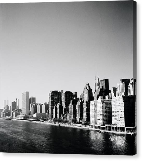 East River New York Canvas Print