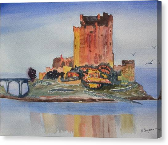 Eilean Donan Castle  Dornie Inverness Shire Scotland Canvas Print by Warren Thompson