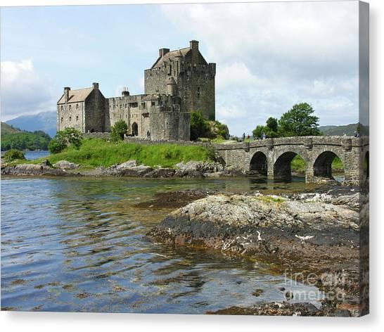 Eilean Donan Castle - Summer Canvas Print
